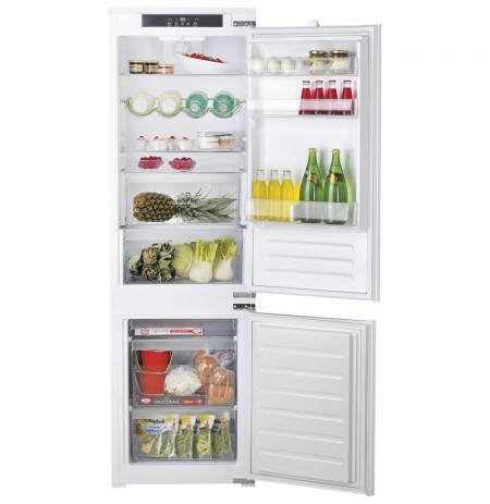 Hotpoint BCB 7030 E C AA O3 fridge-freezer Built-in White A+